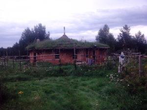 Круглый дом из глиночурки